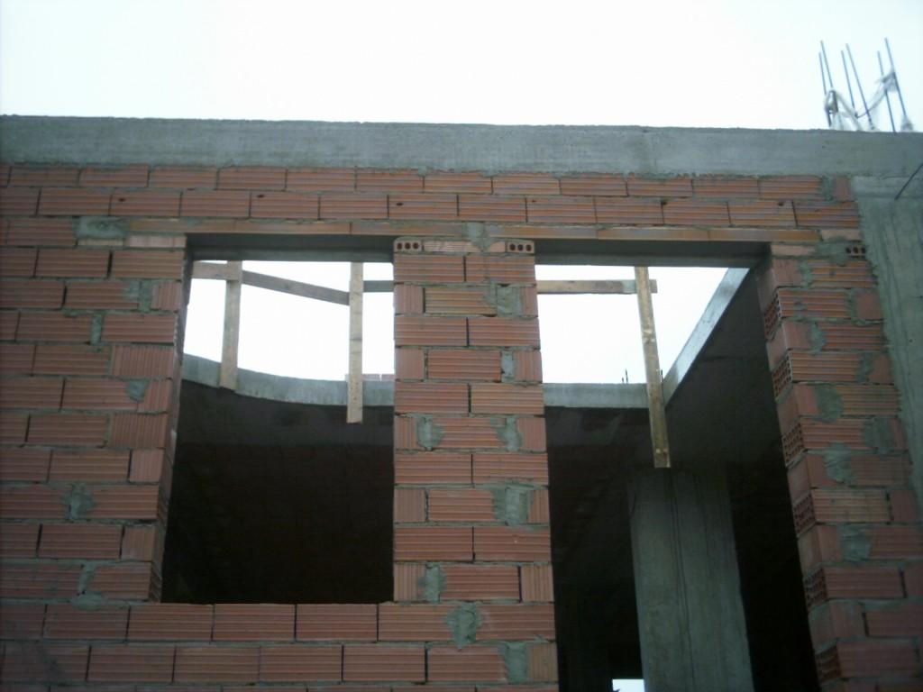 Architravi prefabbricati per porte e finestre in sardegna - Isolare parete interna a nord ...